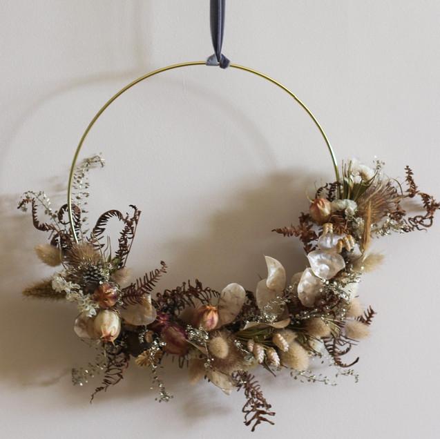 Dried-Flower-Wreath-British