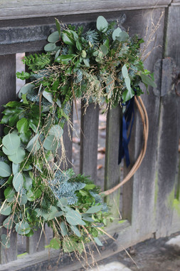 Large Wreath Hoop Foliage Gold Ribbon.JP