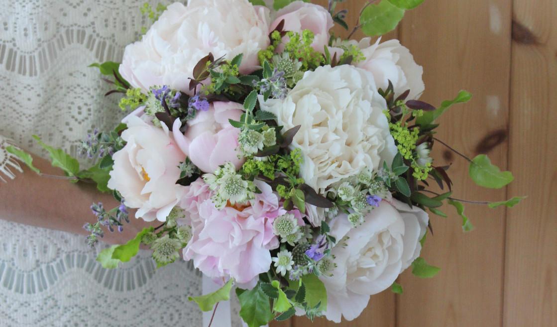 peony-wedding-bridal-boho-sevenoaks.jpg