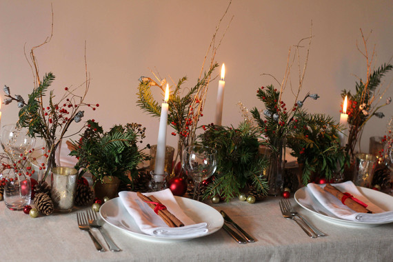 Cinnamon Place Setting Fir Pinecones Chr