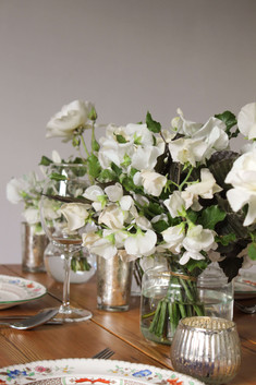 Sweet Peas Roses White Table Flowers Bri