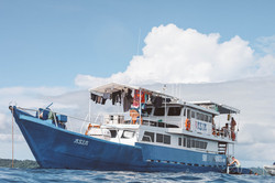 ASIA Boat Surf Charter Mentawai Side View.png