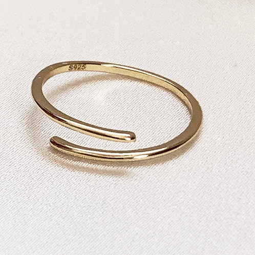 Mika + Co. // Gold Twisted Ring