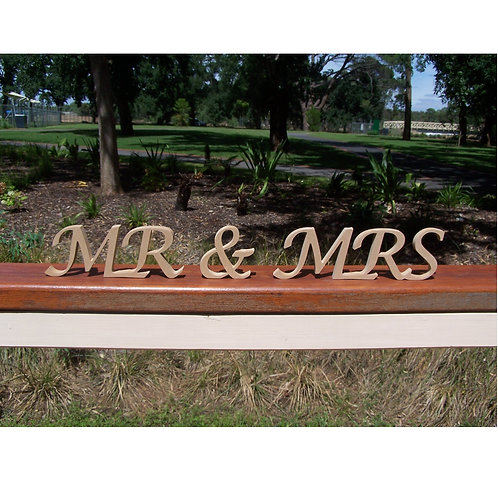 Mr&Mrs Closed Script