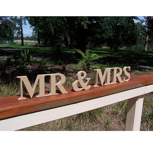Mr&Mrs Block Font