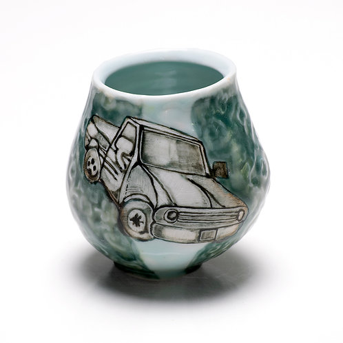 Toyota Tacoma cocktail glass with etchings