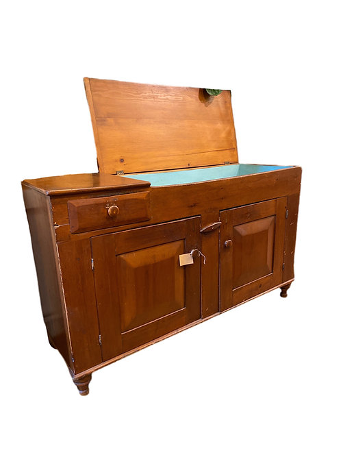 Early 19th century American Dry Sink with Milk Paint