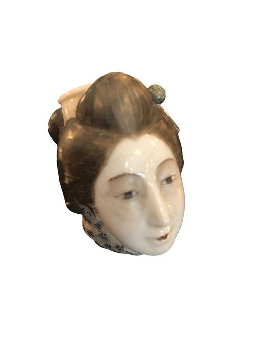Porcelain Geisha Pipe Head