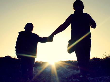 Vahva vanhemmuus turvaa nuoren hyvinvoinnin
