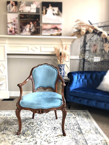 Robin Blue Velvet Arm Chair