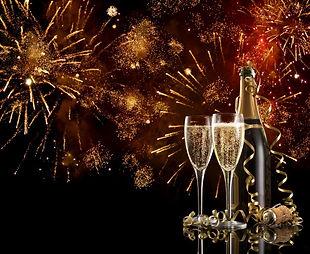 fireworks-champagne-56a238cd3df78cf77273