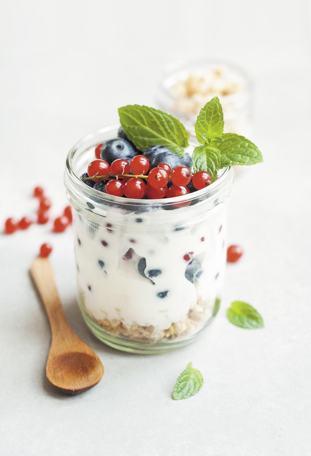 soy yoghurt berries seeds, food healthy gut