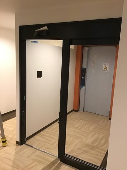 4・5階EVホールWロック.jpg