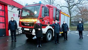 LF 10 an die FF Hertingshausen übergeben