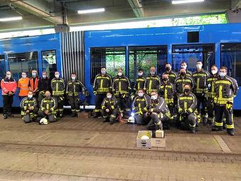 Feuerwehr Baunatal übt für den Ernstfall bei Straßenbahnunfällen