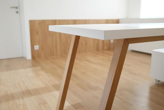 table-v-02.jpg