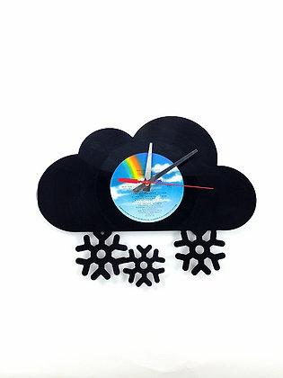 Horloge vinyle - Vinyl clock- Nuages avec flocons