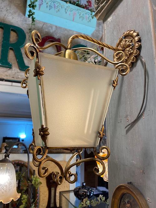 מנורת כניסה
