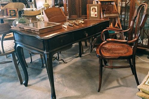 שולחן כתיבה אנגלי