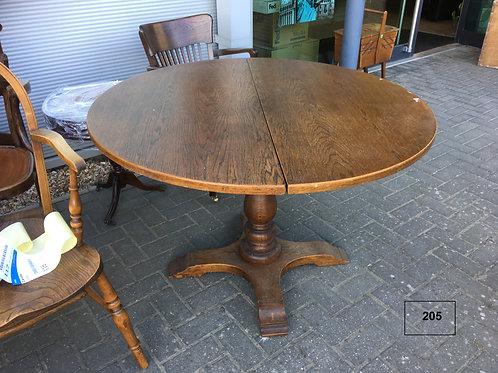 שולחן אוכל עגול מעץ אלון
