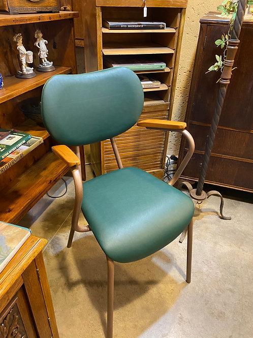 כסא משרדי עם משענות יד