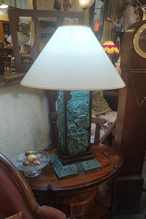 מנורת שולחן אמריקאית