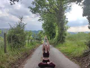 Coline SMANIOTTO - Yoga à Terre de Lumière