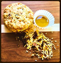 BACON CHEDDAR BISCUIT WITH HONEY BUTTER