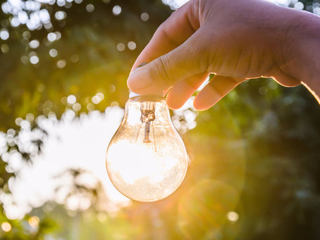 """MIT Scientists """"Recycle Light"""" To Make The Most Efficient Light Bulb"""