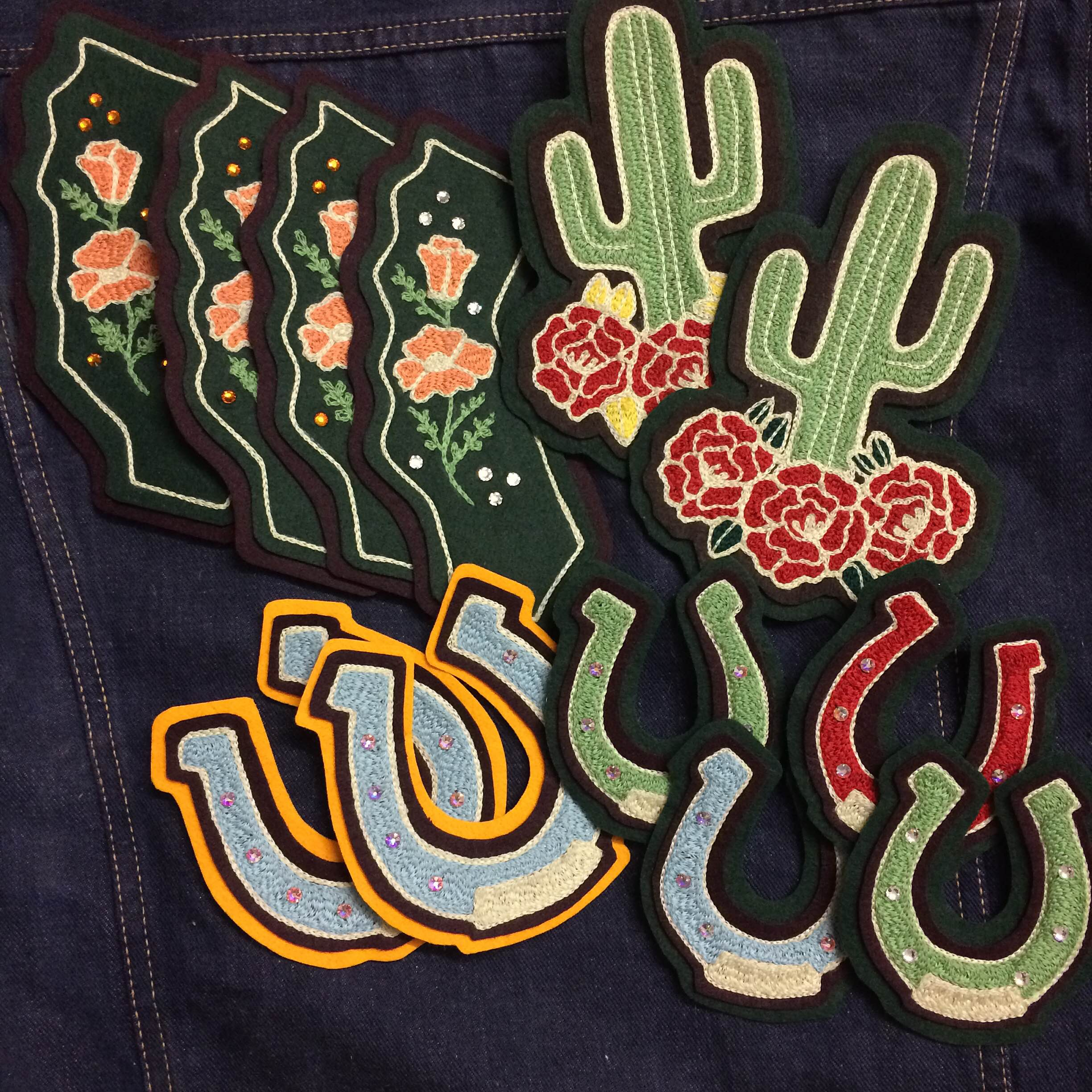 Chainstitch embroidered patches