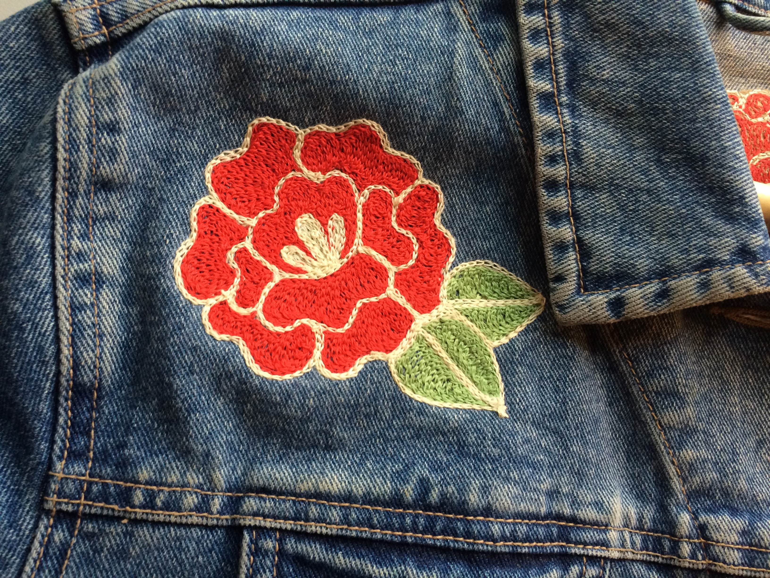 Chainstitch embroidered rose