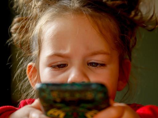 Як дітям користуватися гаджетами безпечно для зору?