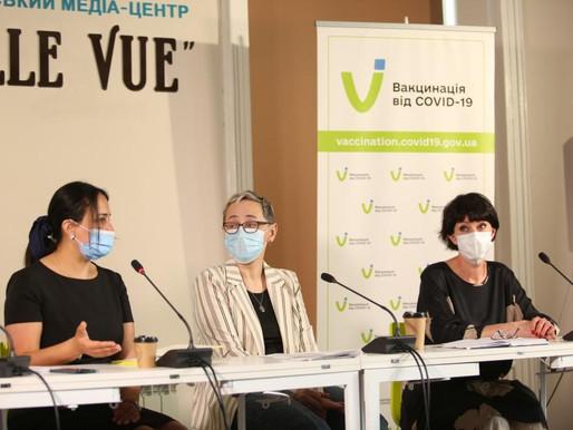 Медичні експерти розповіли про перебіг вакцинальної кампанії проти COVID-19 в області
