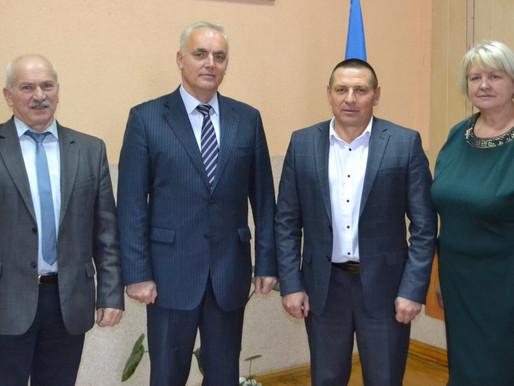 На першій сесії у Клішковецькій ОТГ обрали заступника голови та секретаря