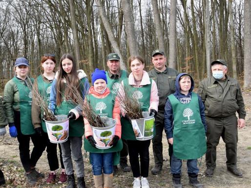 На Хотинщині стартувала акція«Створюємо ліси разом»