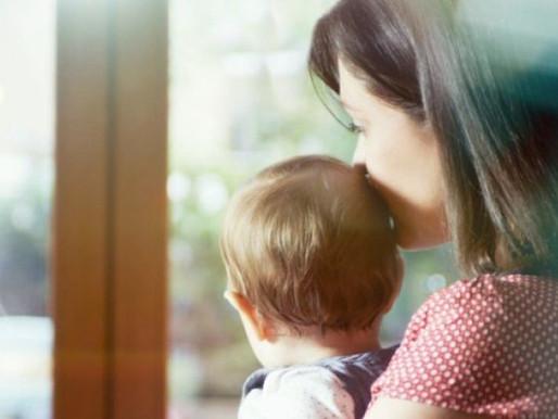 Сила материнської любові  допомагає їм боротися і жити далі