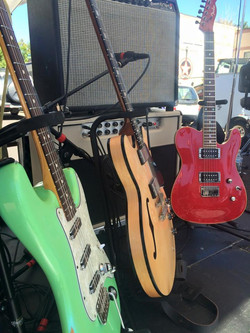 Guitar Stable