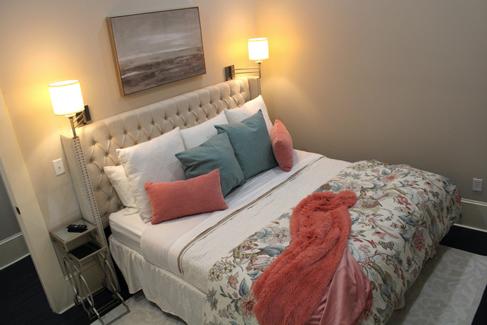King sized bed in Bedroom 1