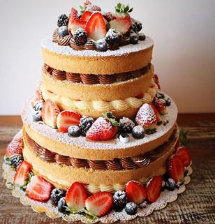 Um Naked Cake para chamar de seu! ♥️.jpg