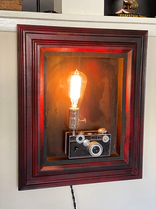 Framed Argus C3 Camera Lamp