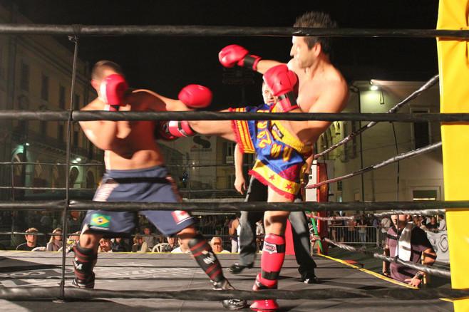 Kick Boxing in piazza a Teramo