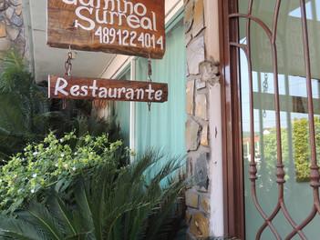 Hotel Camino Surreal en Xilitla.