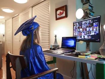 ¿Así serán las graduaciones de ahora en adelante?