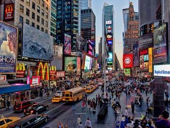 Times Square: ícono mundial y símbolo de Nueva York.