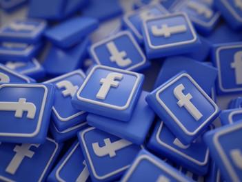 Marcas internacionales deciden suspender publicidad en Facebook.