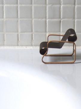 008 Paimio  armchair, 1931-2 Alvar Aalto