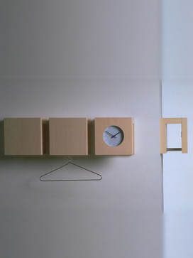 Orologgi coat hanger + clock, 1998 / Lapalma, Italy