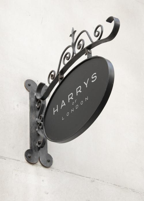 London shops / Harrys of London