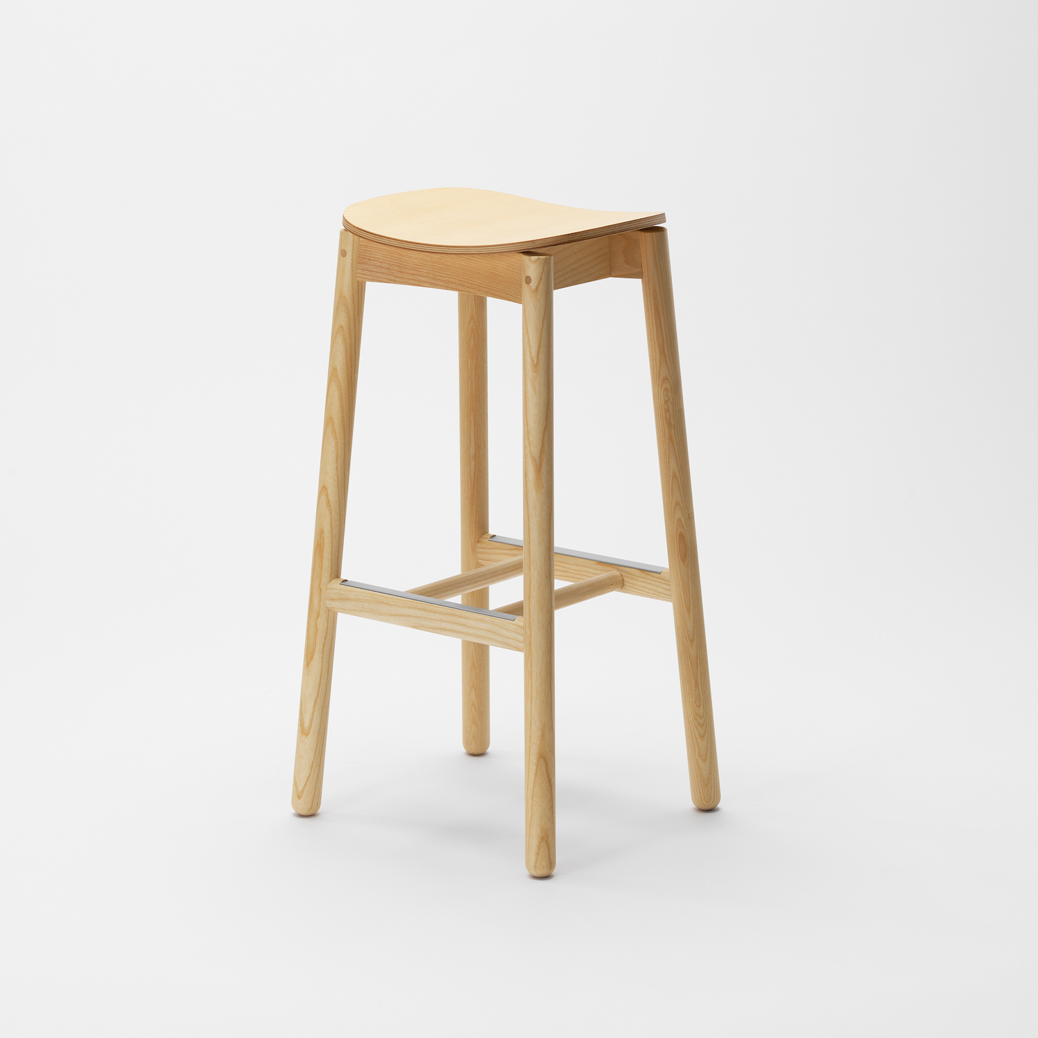 Nico_lounge stool_no backrest (4 of 4)