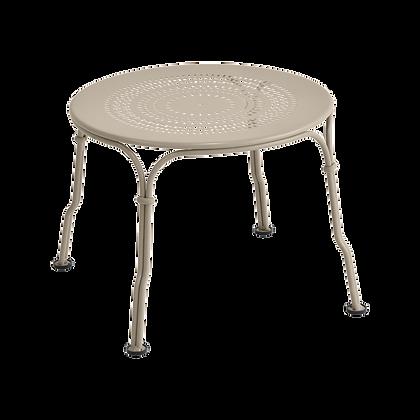 Низкий столик - 1900 - Классические цвета
